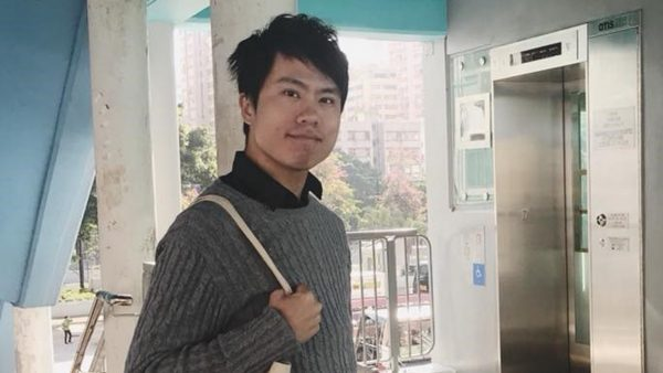 香港议员邝俊宇遭伏击 疑中共预谋买凶伤人