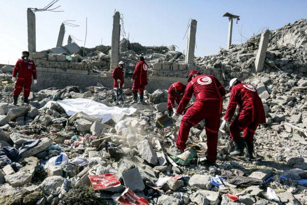 沙特聯軍空襲也門叛軍 估上百人喪命