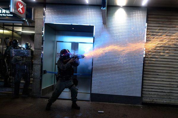 美国会新推《保护香港法案》 禁售香港防暴装备