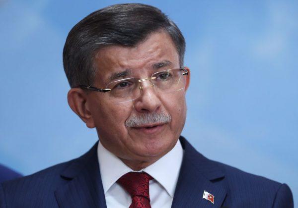 土耳其执政党要角纷出走 埃尔多安麻烦大