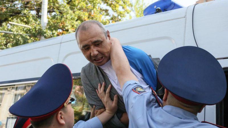 不满中共影响日增 哈萨克斯坦爆示威冲突