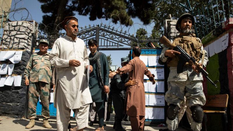 阿富汗總統大選 塔利班連串攻擊至少9死逾百傷