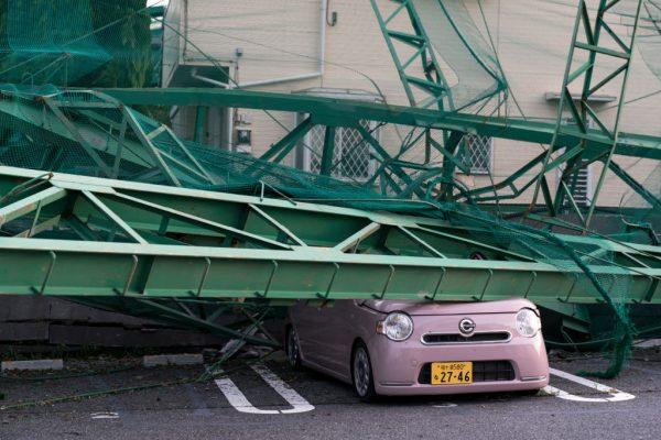 台风重创日本千叶 停电4天酿2死61伤 部分惨况如311
