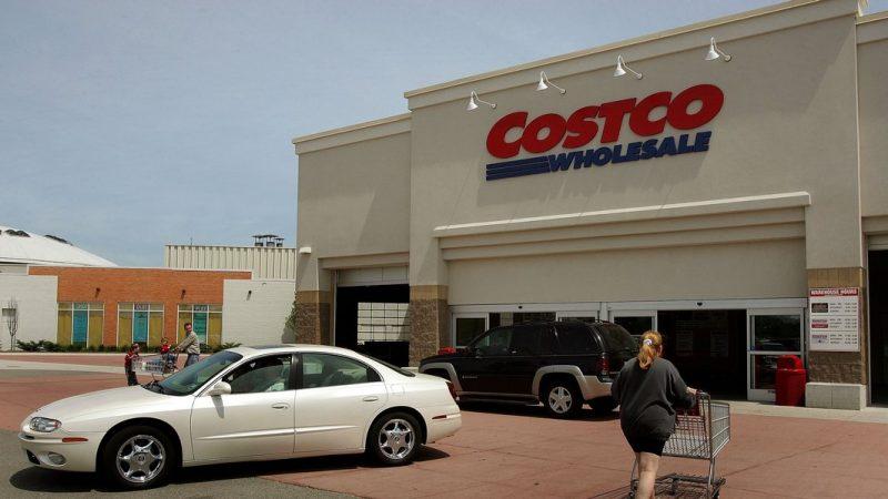 Costco與天貓超市茅台同價 消費者相信哪家?