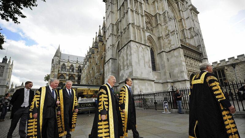 英法院裁定首相延長國會休會不合法 反對黨籲辭職