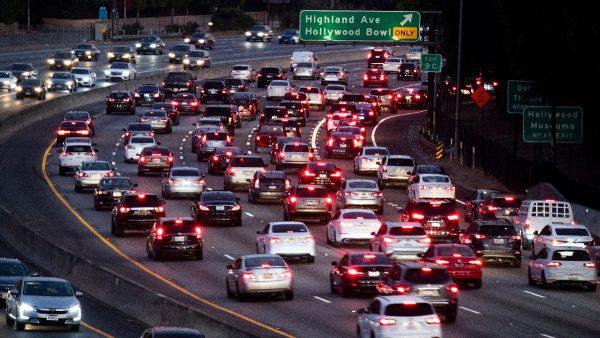 川普宣布吊销加州豁免权 统一汽车尾气排放标准