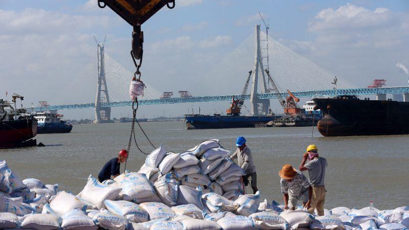 中國經濟面臨三大威脅 貿戰只是一部分