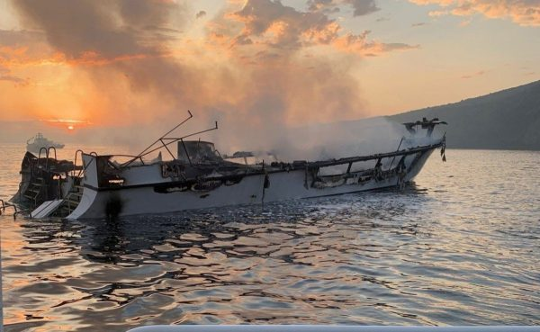南加州潛水船大火25死 船長SOS求救「我不能呼吸」