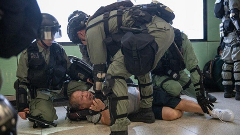 組圖:港警「無差別」濫捕市民 恐怖畫面曝光