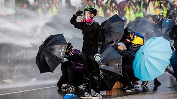 美国议员:香港人必将推倒新柏林墙