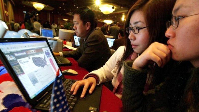9名中国留学生返校 在美国机场被遣返