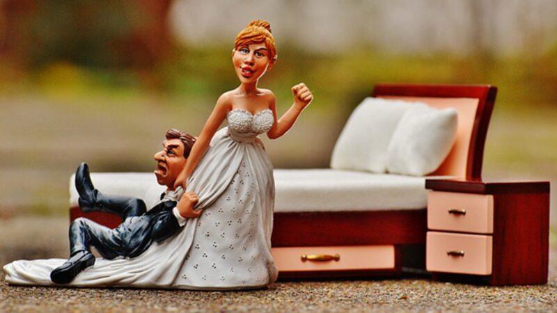 浙江一家人半個月結離婚23次 連親家母也娶了