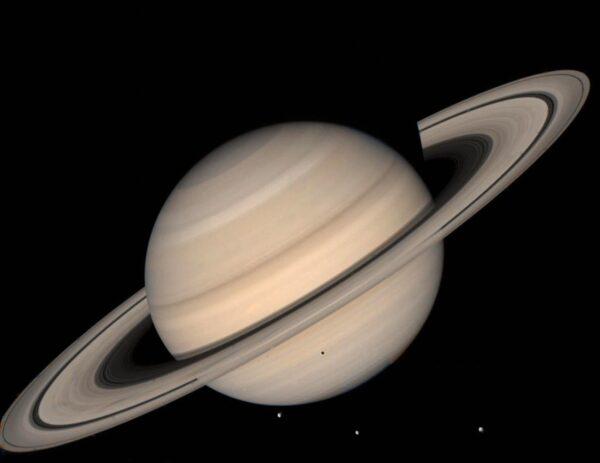 """新增20颗卫星 土星超过木星成""""卫星之王"""""""