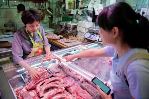 大陸豬瘟持續 10月上旬生豬價環比漲16.2%