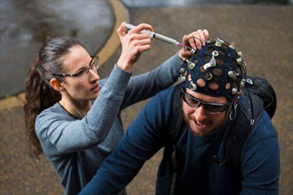 研究:背景噪音如何影響大腦