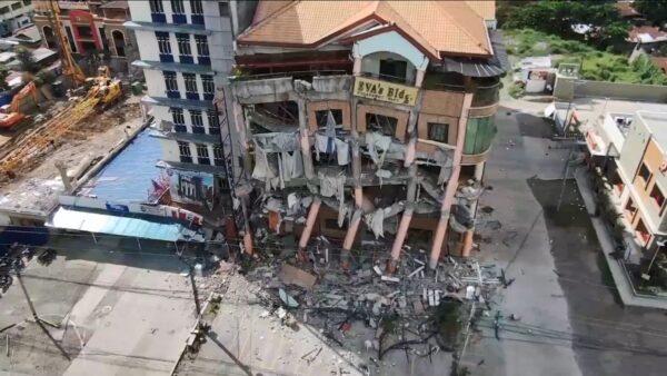 1个月内第3次地震 菲律宾传有饭店坍塌10人受困