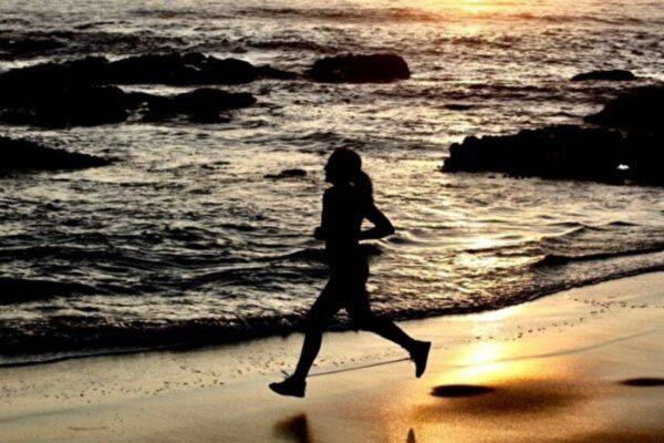 研究發現更省力的跑步方法