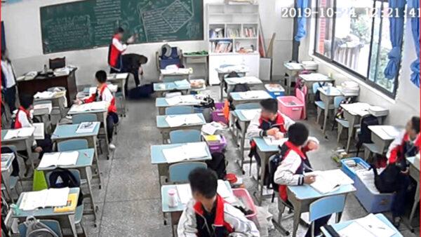 15岁四川男生用砖狠砸老师 10秒内猛击9次