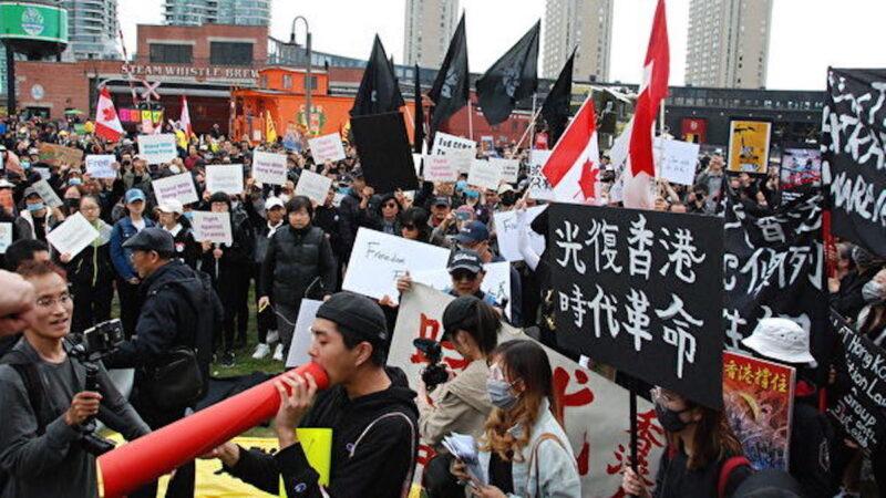 中共外交官说了四个字 遭澳洲学生愤怒起诉