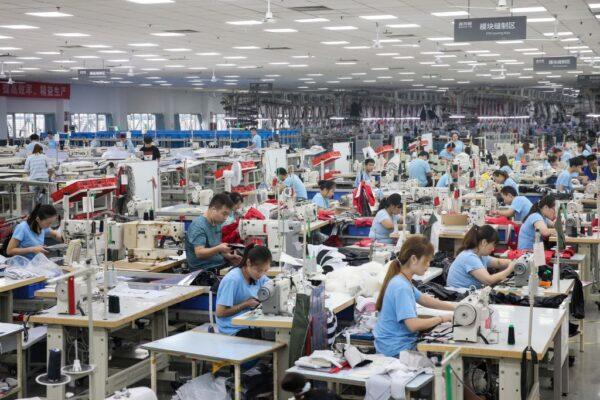 「大打大贏」破產 中共商務部長:貿戰讓中企陷困境