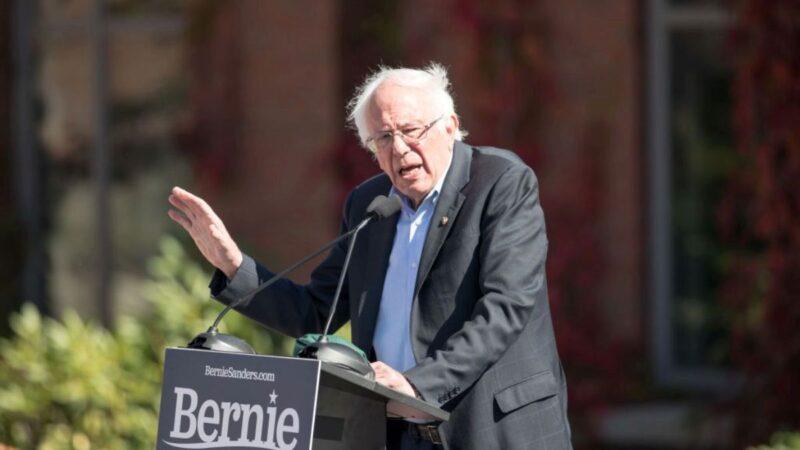 民主党总统参选人桑德斯动脉阻塞 暂停竞选活动