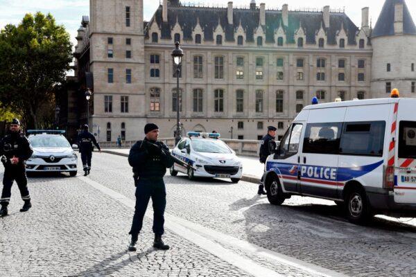 巴黎警署首见凶杀案 情报部人员杀伤同事酿4死1伤