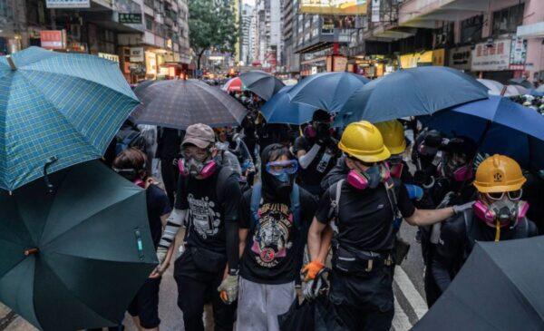 梁京:香港之死与重生