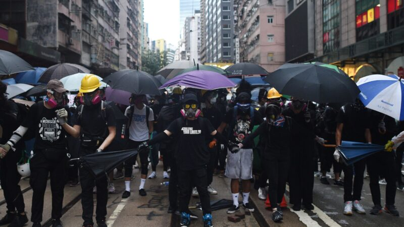 「速龍小隊」極度暴力 催生香港「屠龍小隊」