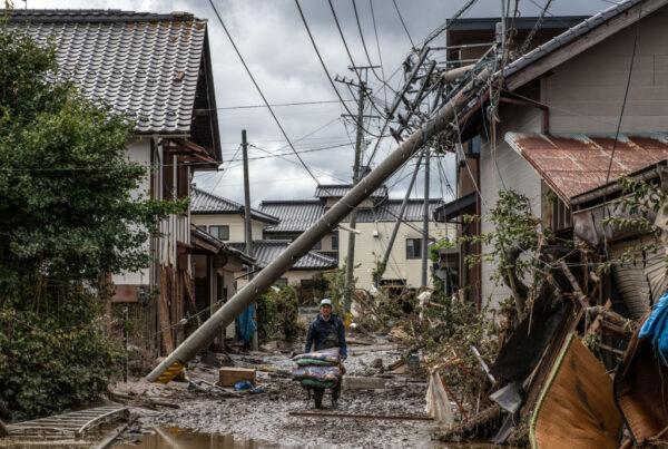 颱風浣熊往日本前進 哈吉貝肆虐災區或洪水為患