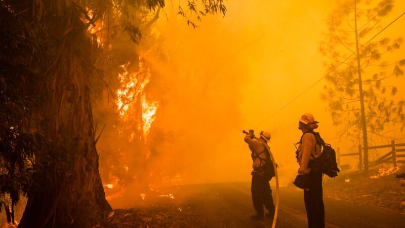 加州野火肆虐进入紧急状态 詹姆斯被迫离家网友讽:去中国住