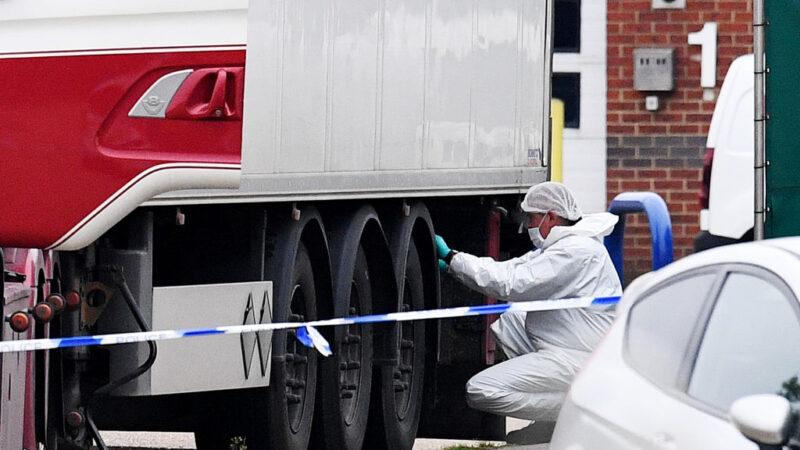 《石濤聚焦》英國偷渡慘案最新:再抓兩名司機 其餘遇難者來自福清 長樂 另2輛偷渡貨櫃成功登陸
