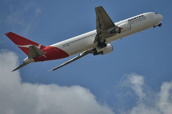 世界最长航班 纽约直飞悉尼19小时 挑战人体极限