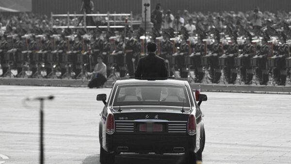 川人:大閱兵 耀武揚威絕非中國人之幸