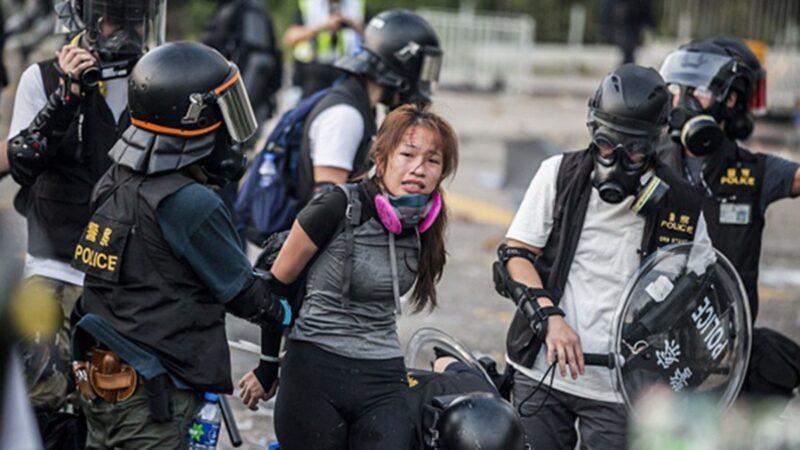 组图:国殇反送中最血腥一日 港警倾巢出动大抓捕