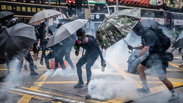 香港学生:中共怕我们一起联手打败它