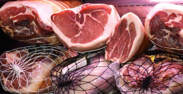 法媒:中國豬肉價格飆升 牽動全球肉價上揚