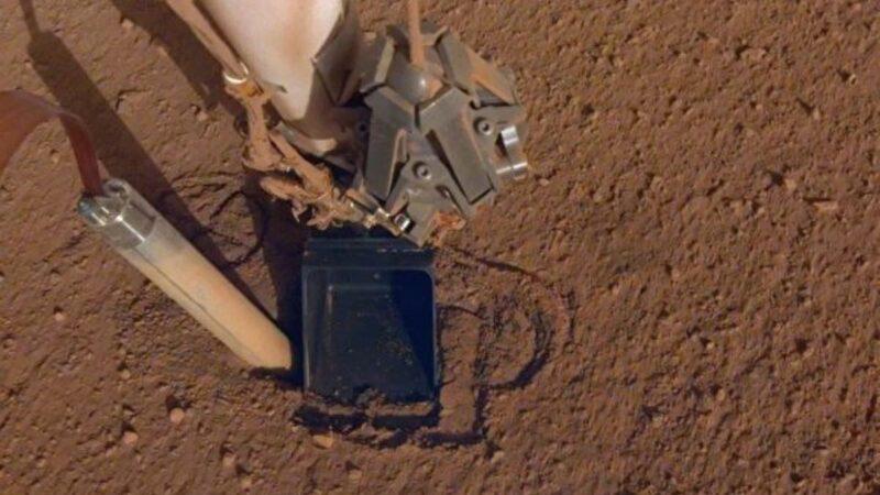 火星洞察号钻头被神秘力量吐出