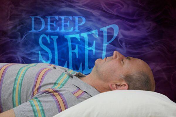 研究發現大腦如何在熟睡中清除毒素