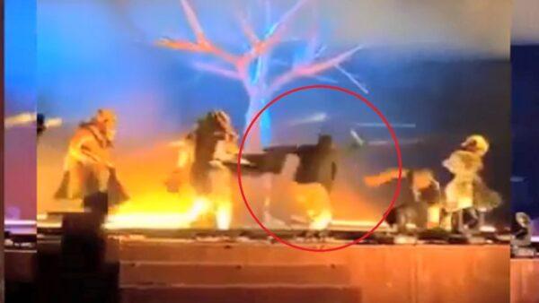 沙特艺术节溅血 男嫌持刀冲舞台乱砍艺人(视频)