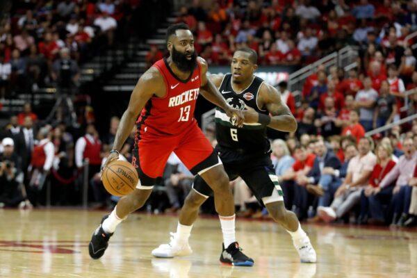 NBA哈登砍进49分 火箭捕狼7连胜