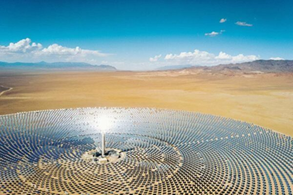 太阳能技术新突破:达逾千度高温可炼钢
