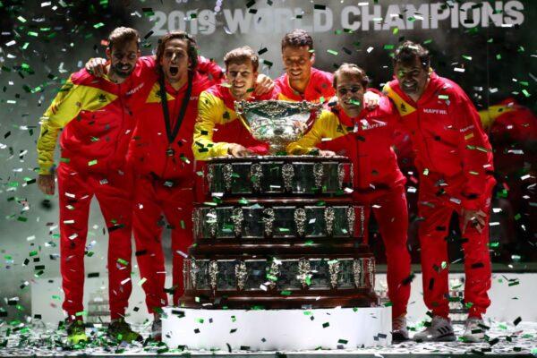 纳达尔率西班牙击败加拿大 再夺戴维斯杯