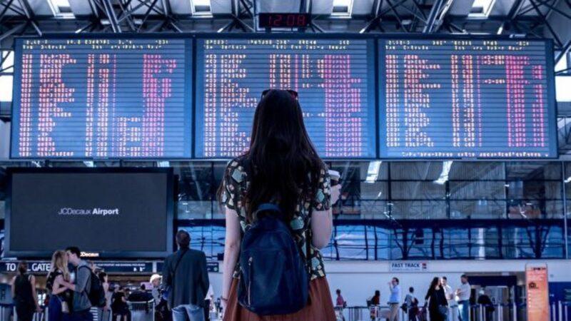 携带手机和笔记本电脑旅行 四个错误不要犯