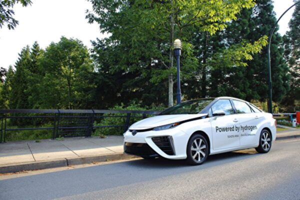 車評:未來之車 2019 Toyota Mirai