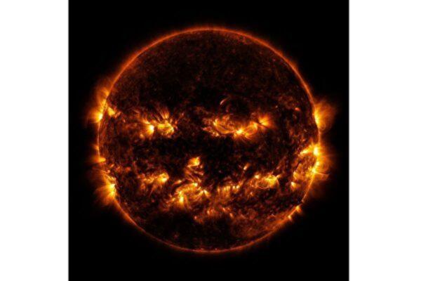 NASA万圣节礼物:调皮的南瓜太阳