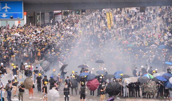 中共對抗爭者從「暴民」到「恐怖分子」的設計