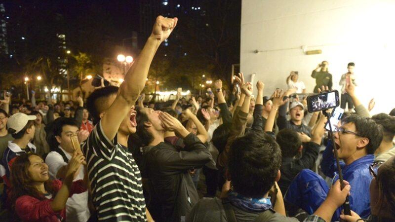 外媒:港人深深觉醒 狠搧北京一巴掌