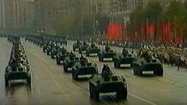 揭祕:那場大閱兵不久 政治局突發政變