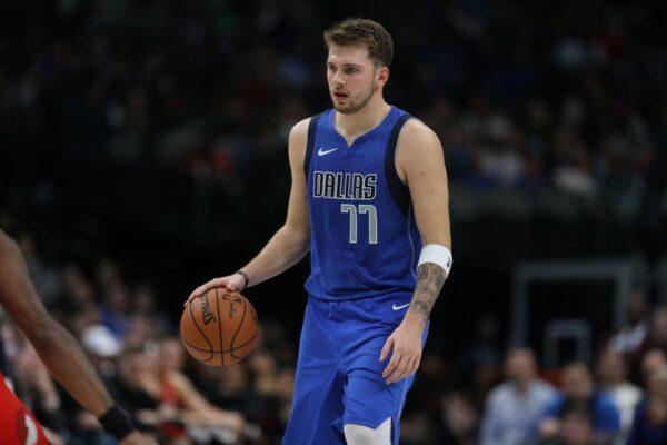 NBA唐西奇连续大三元 缔造最年轻新纪录