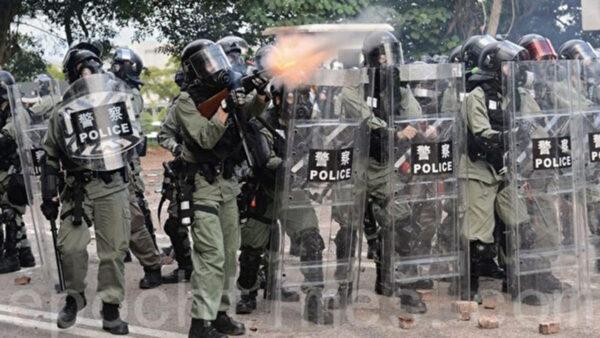公开动兵?驻港部队配发港警装备 内地生集体撤离
